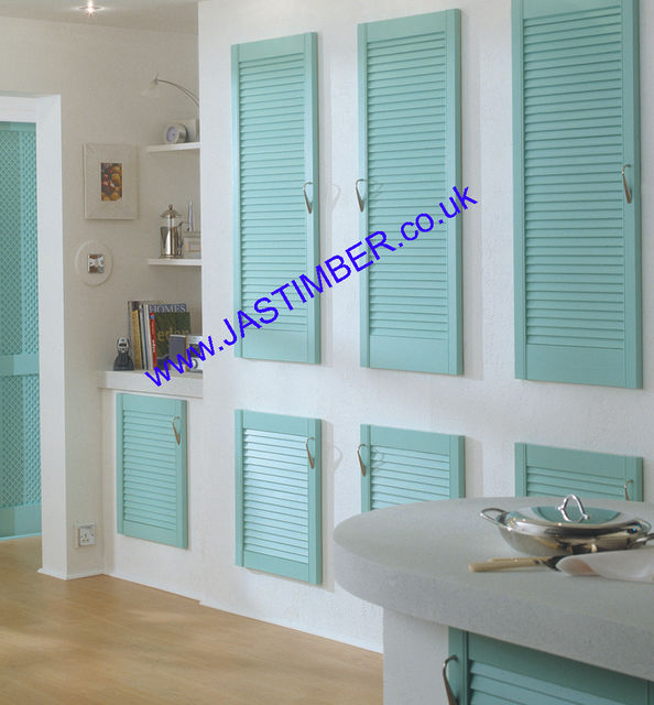 "Louvre Doors - 18"" High Internal - 29mm Clear Pine - Richard Burbidge"