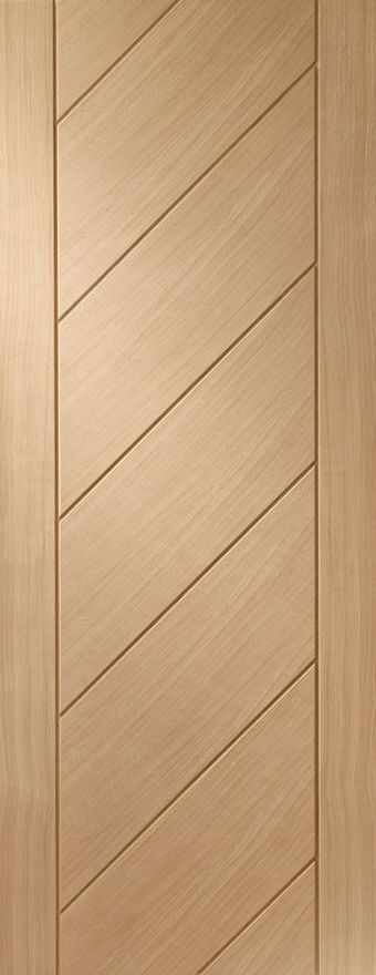 XL Monza Diagonal V-Groove Oak Internal Door
