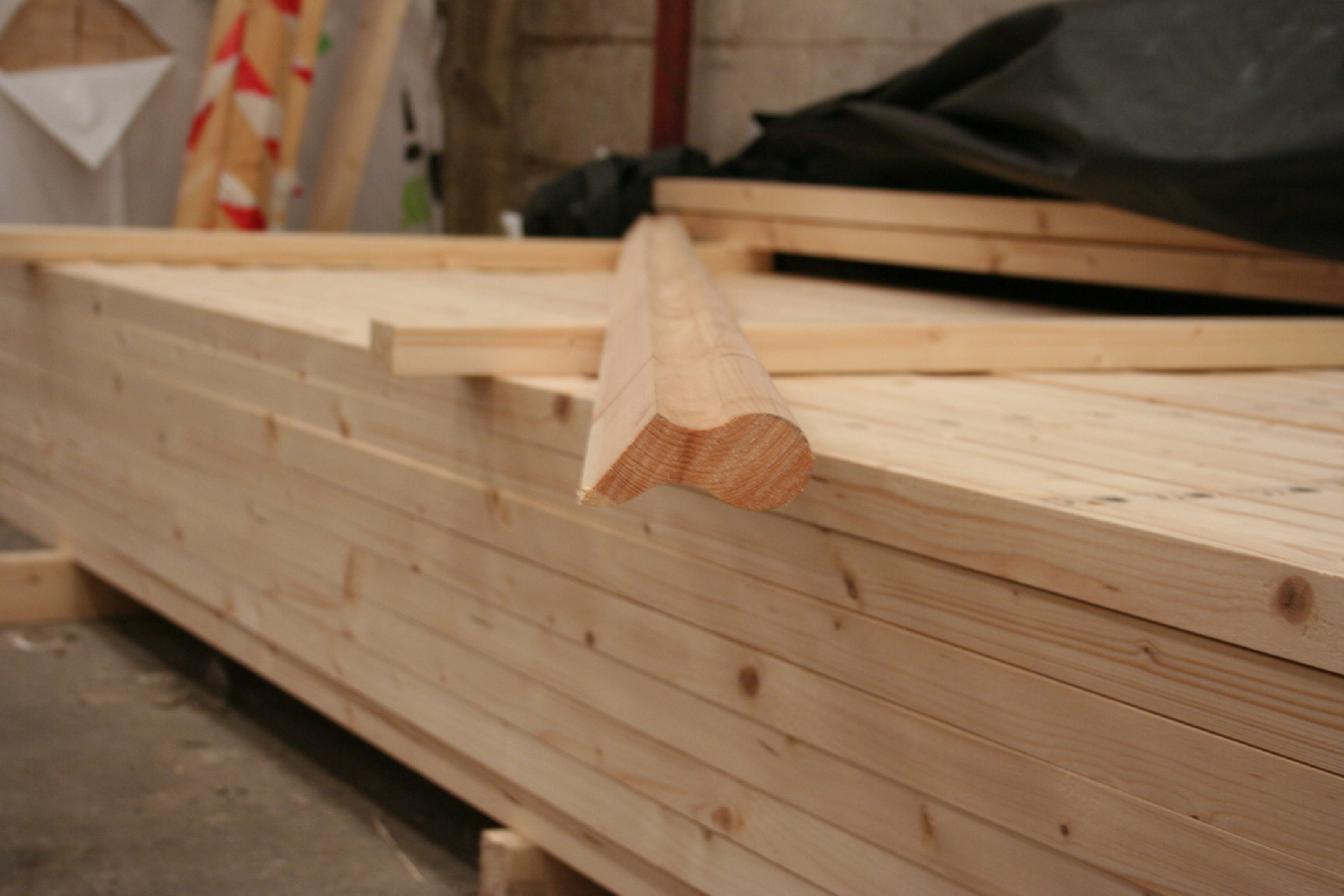4x2 Softwood Sows Ear Handrail; Image 8119