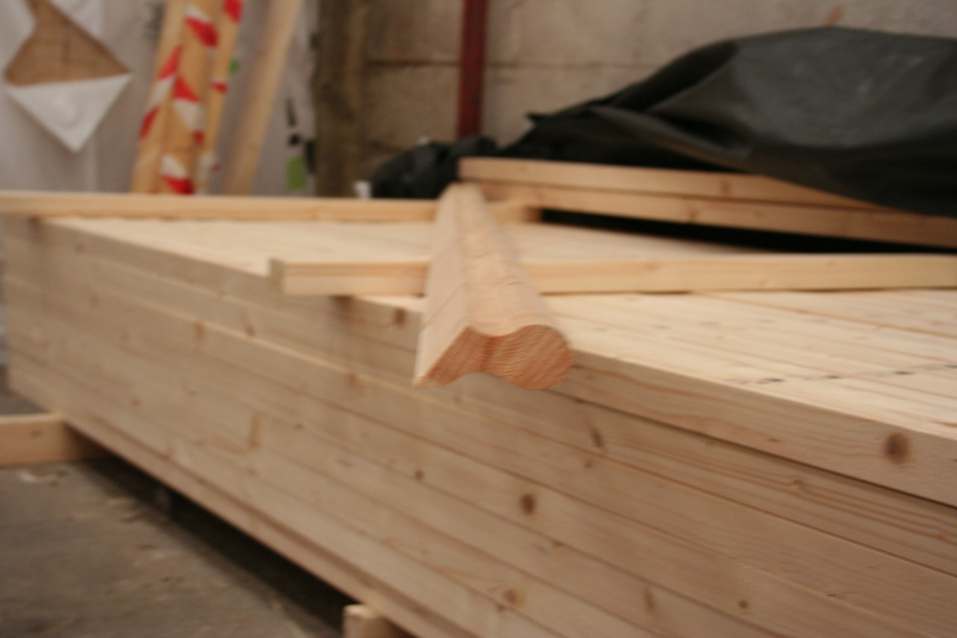 Softwood Sows Ear Handrail 8120