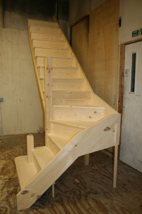 Pine Stairs with overhang Treads and Curtail Bottom-Step fitted to the Bottom-Newel; Image 1273