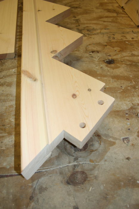 Strengthened String for Overhanging Stair Treads with Tenon Joint; Image 1239
