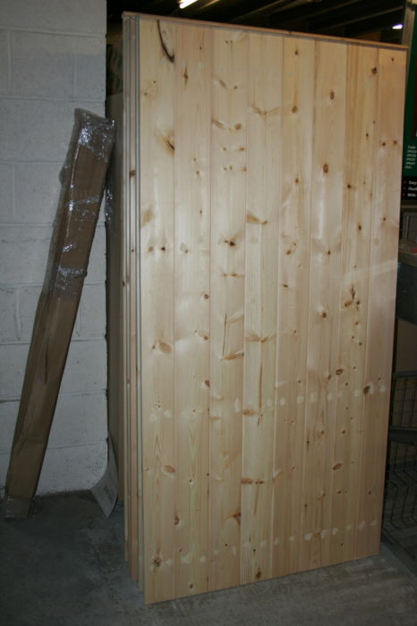 Softwood Stock size Yard Gate 1800x880mm - approx 6x3 T&G Board; Image 1550.1