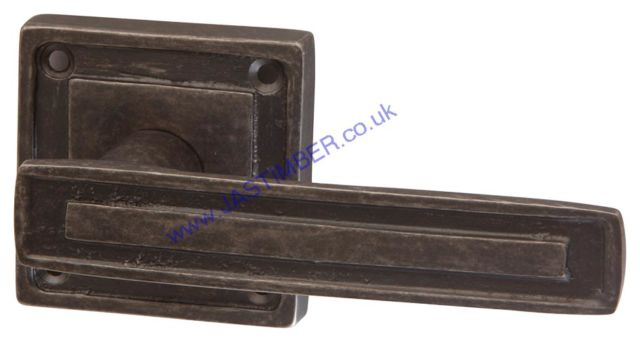 Intelligent Tudor Black-Nickel Aged Finish Door Handles on Square Rose : TUD.09.SQ.BNA