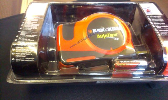 AUTO TAPE MEASURE 7.6M/ 25ft. - Old Stock still packed - BLACK & DECKER ATM100