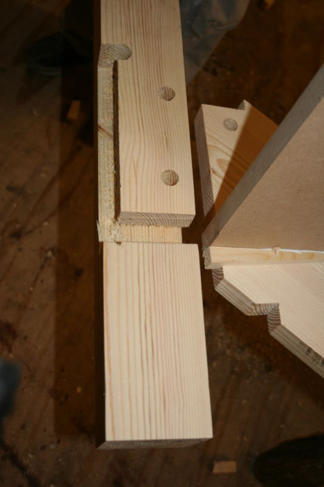 IMG 1563 Stairs Kitewinder Newel with mortice & tenon joint (8)