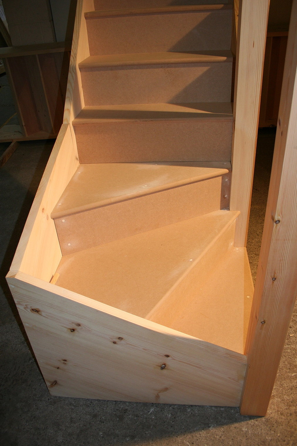 Bespoke Kitewinder Staircase Domestic Specification