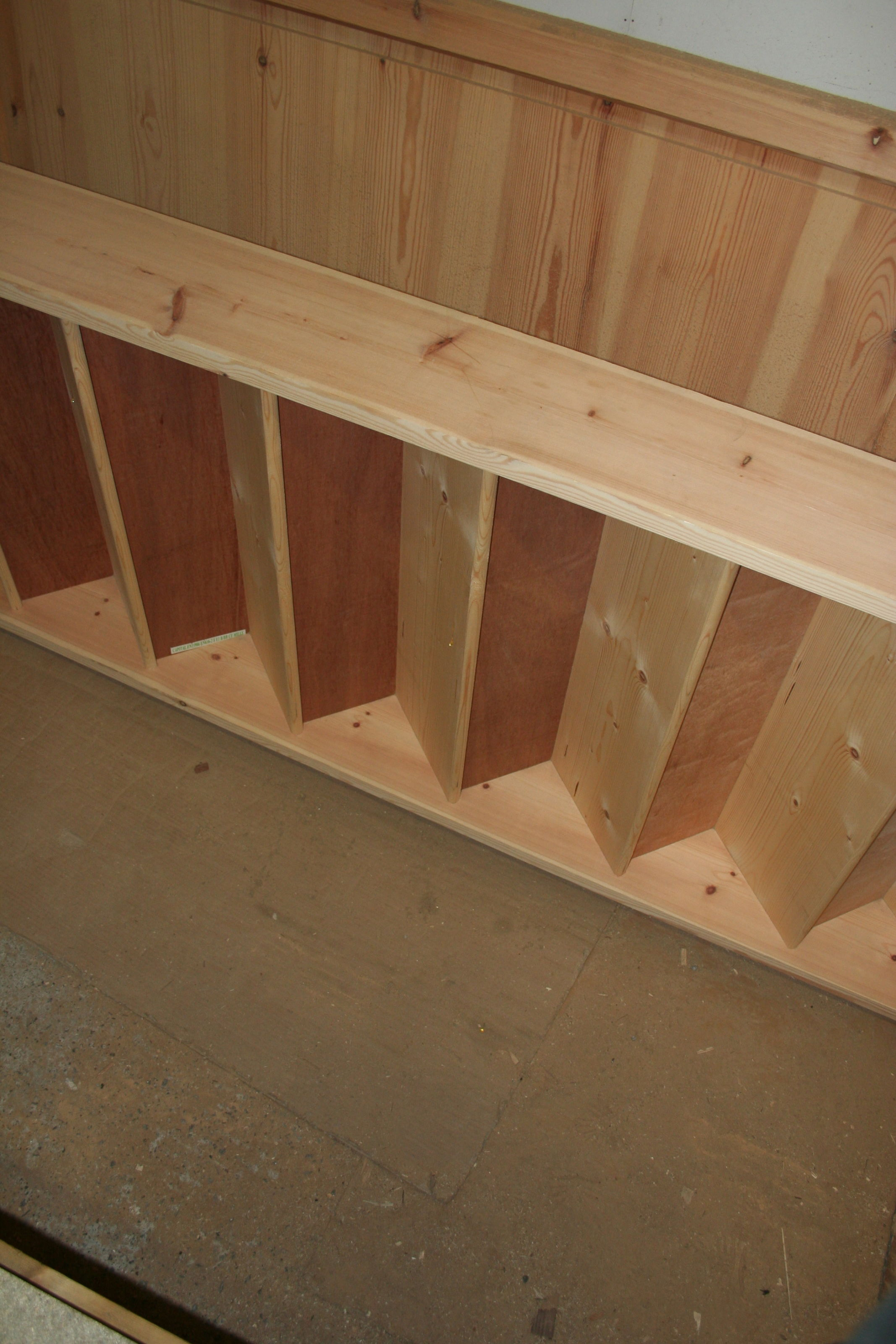 Standard Size Closed Tread Staircase Domestic Specification