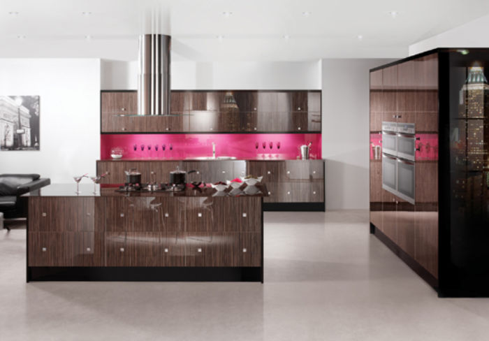 Colonial Kitchens - Image Zebrano Gloss -Group 7