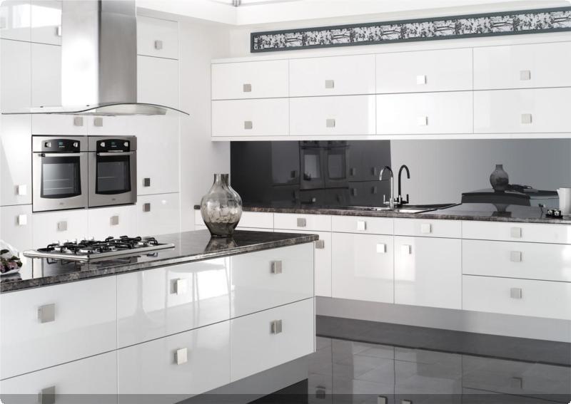 Colonial kitchens fsc lucido white gloss group 8 for White gloss kitchen units cheap