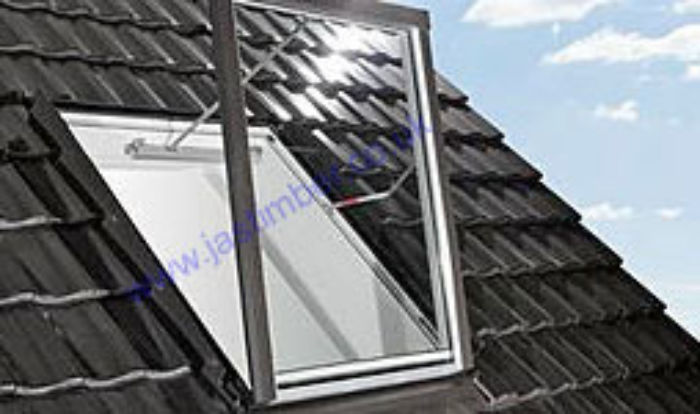 Roto R5 WRA Smoke Extraction Timber Roof Window