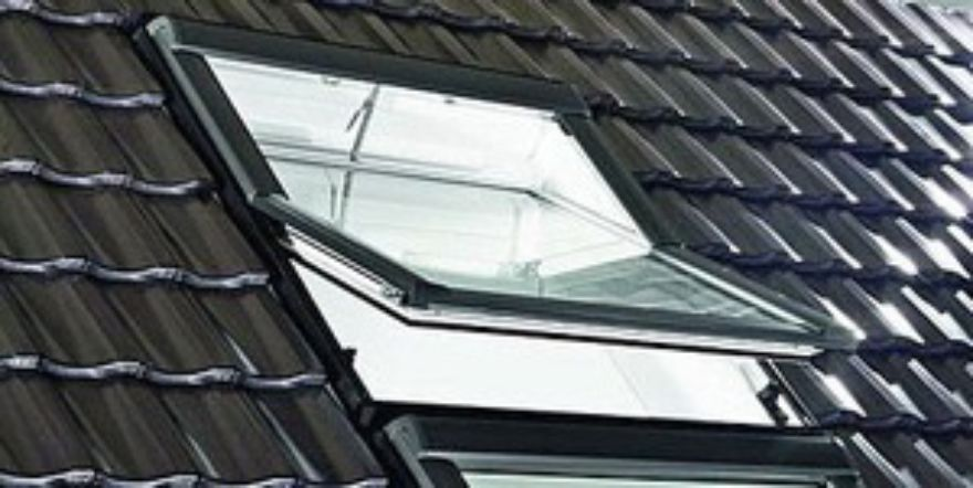 Rotronic R4 Pvc Electric Roof Window