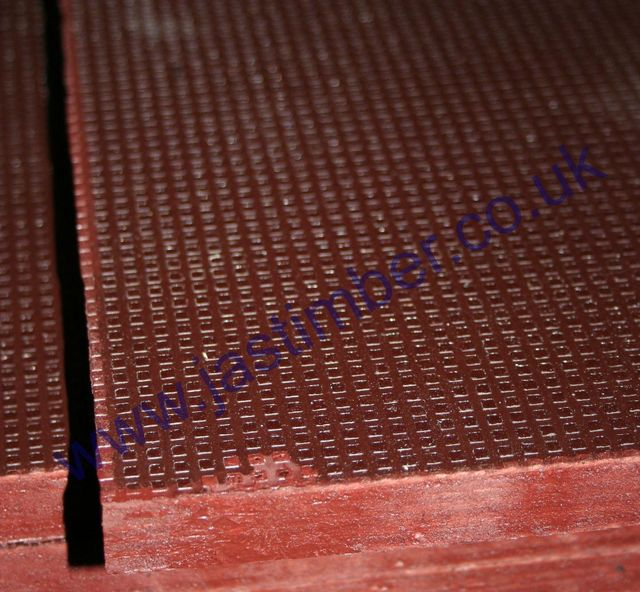 "18mm Brown Wagonboard : Hex-pattern Phenol-coated WBP PEFC Plywood 2440x1220mm ( 8x4x3/4"" )"