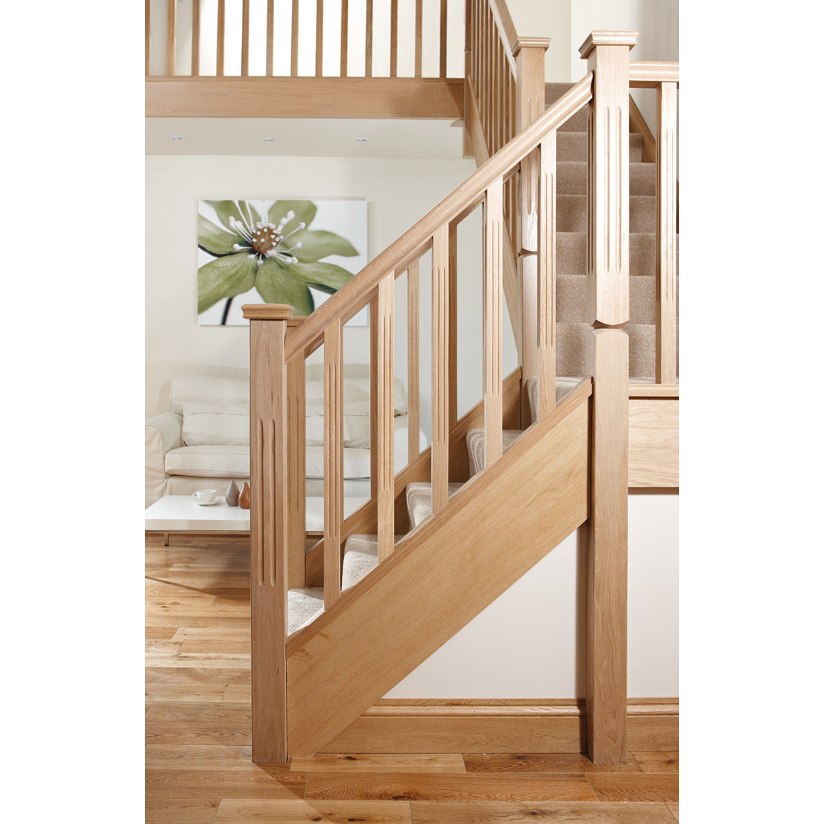 Benchmark™ Oak Stairparts