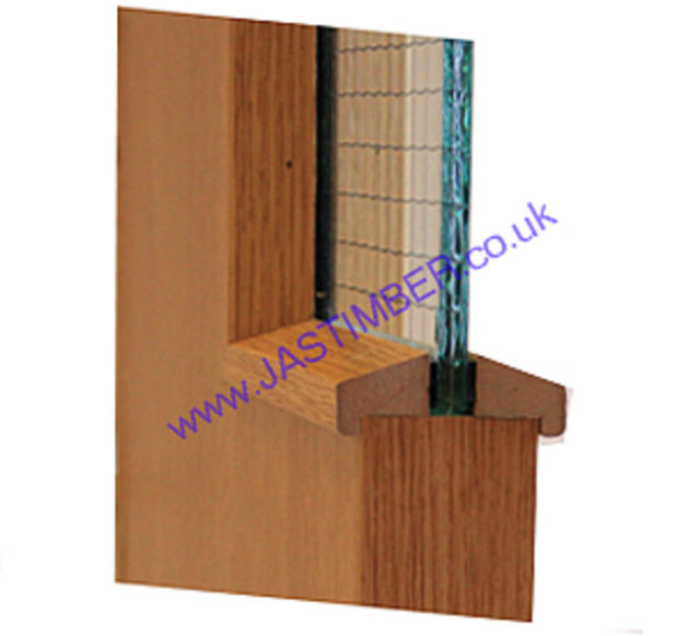 Hockey Stick FD30 Glazing-Bead 21x24mm x 3 metre cut to 2 lengths - Beech-Foil MDF