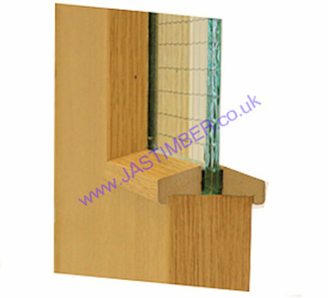 Hockey Stick FD30 Glazing-Bead 21x24mm x 3 metre cut to 2 lengths - Oak-Foil MDF